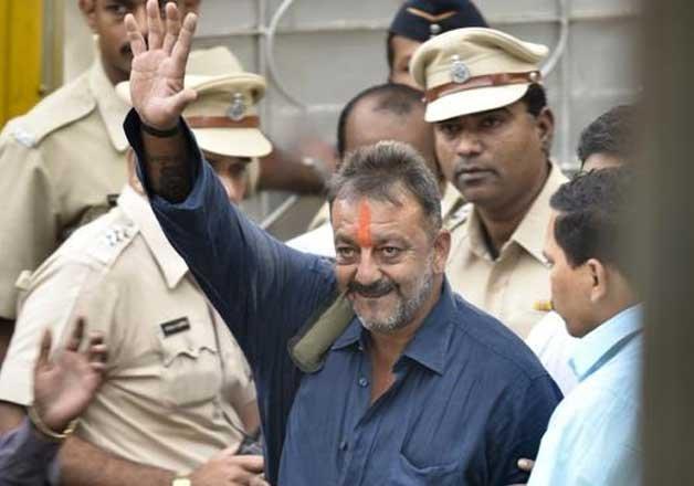 bombay hc adjourns hearing on pil challenging sanjay dutt s