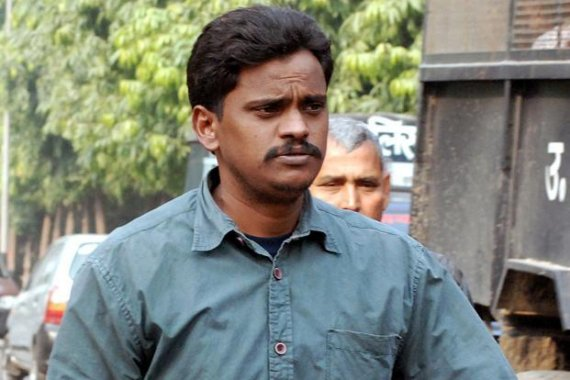 hc stays execution of surinder koli s death sentence