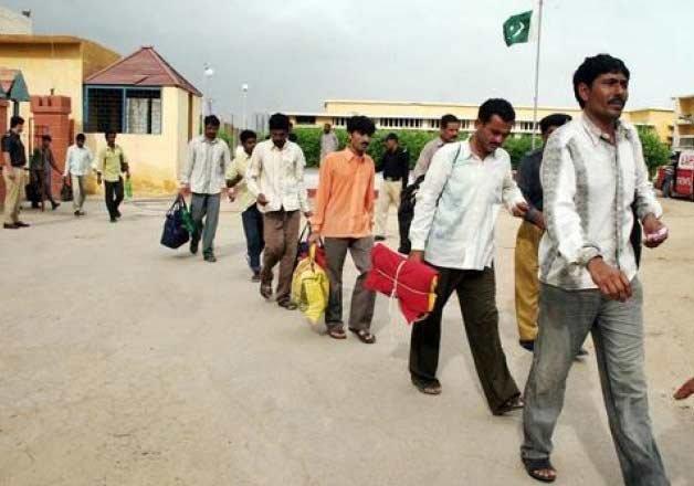 pakistan repatriates 173 indian prisoners