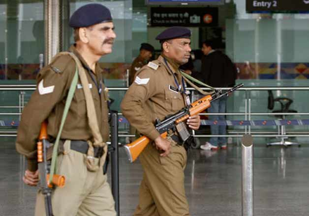 4 cisf personnel arrested in karipur airport firing case
