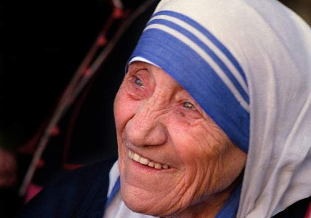 mother teresa to be elevated to sainthood next year vatican