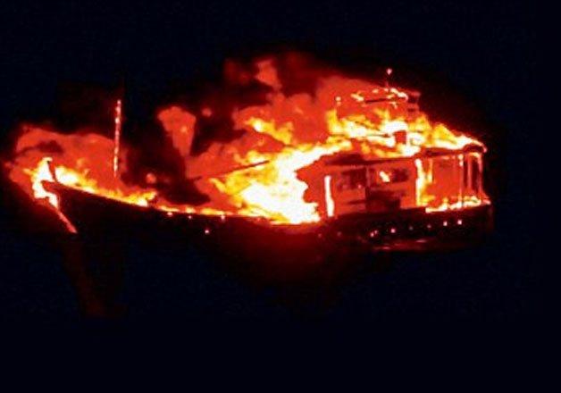 satellite phones of pak terror boat occupants remained