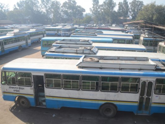 commuters stranded as haryana roadways staff go on strike