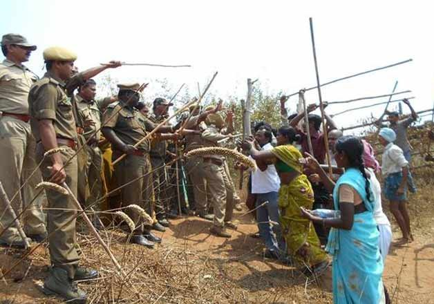 Telangana: 14 hurt in clash between forest officials