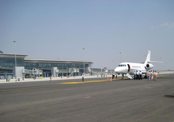 india unhappy as maldives cancels gmr airport contract