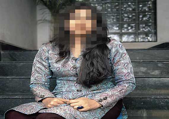 Indian Fashion Designer Raped By 13 Men In Dubai India News India Tv