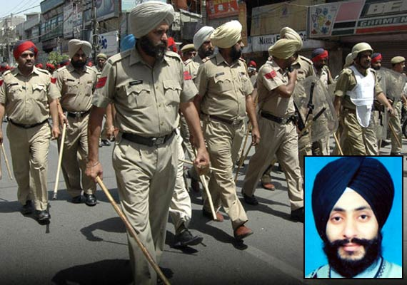 jalandhar police arrests jaspreet who threw acid on wrong