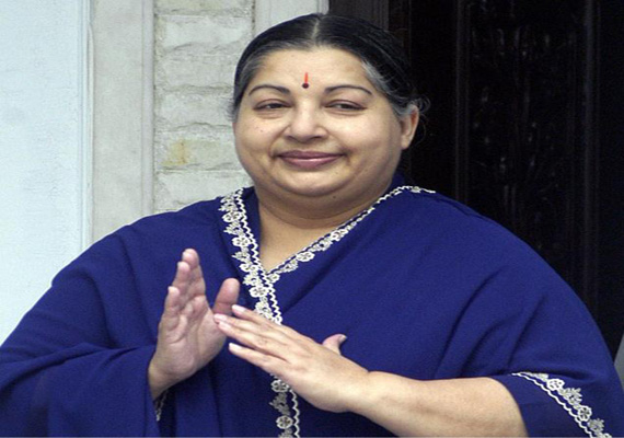 jayalalithaa asks partymen to gift 40 ls seats in 2014
