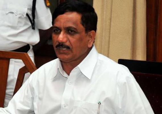 karnataka speaker rejects plea by ex ministers for week s