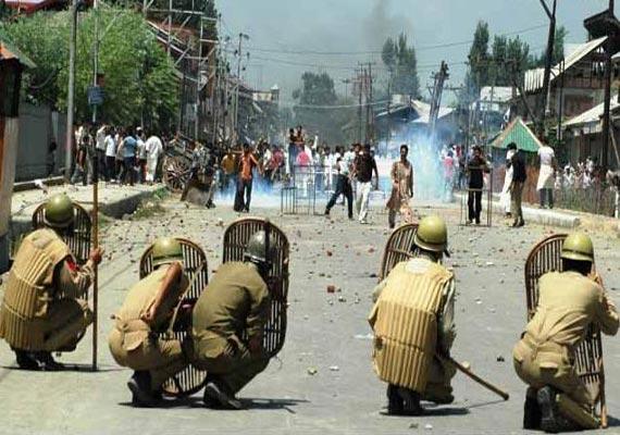 kashmir protests case filed against those spreading death