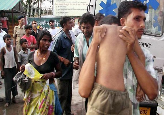 mid day meal tragedy 3 lakh teachers in bihar boycott