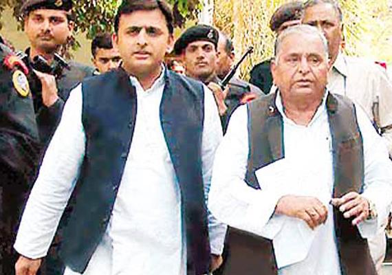 netaji will decide about support to upa says akhilesh