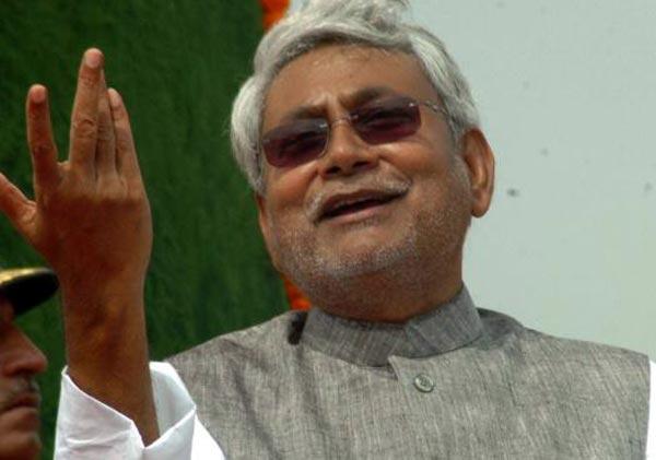 nitish disagrees with ravishankar s view