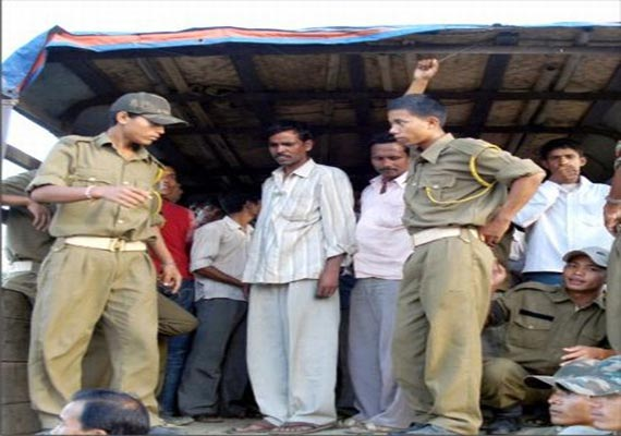 non manipuri shot dead in manipur one body found