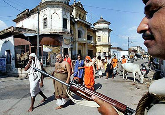hanumangarhi temple one killed as seers shoot each other in