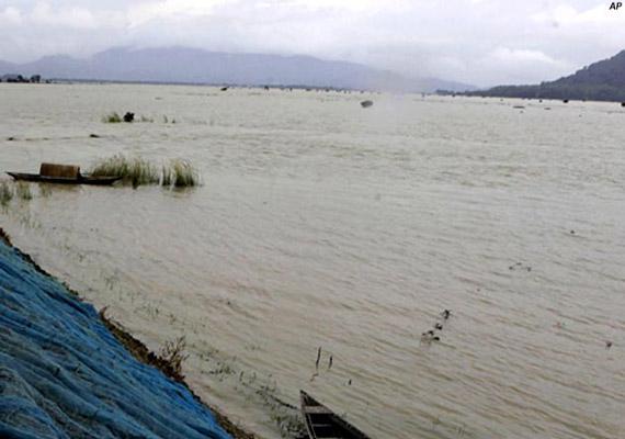 rains create havoc in 2 arunachal districts
