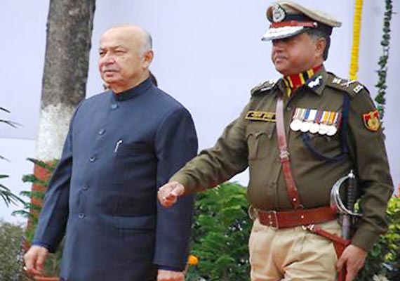 shinde refuses to attend delhi police foundation laying