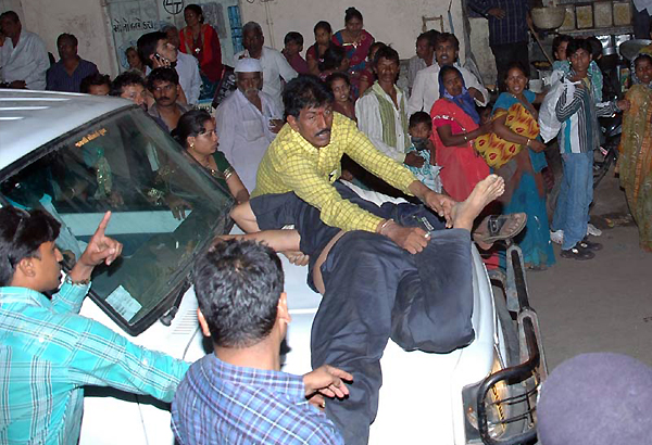 bhavnath temple stampede toll rises to 7