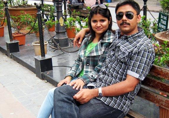 slain ips officer narendra kumar s wife delivers baby boy