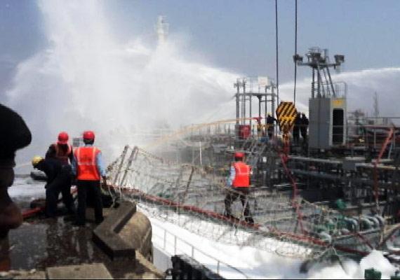 south korean sailor killed 6 injured in tanker blaze
