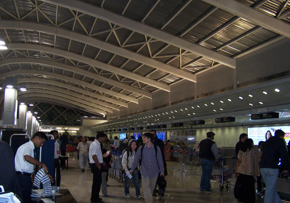 staff apathy ticketing goof up strands 25 air india