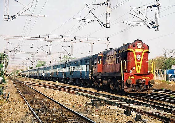 tatkal booking in passenger trains