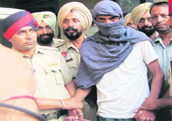 terrorist arrested at railway station