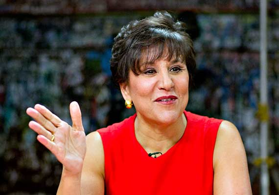us to focus on early wins at delhi dialogue penny pritzker
