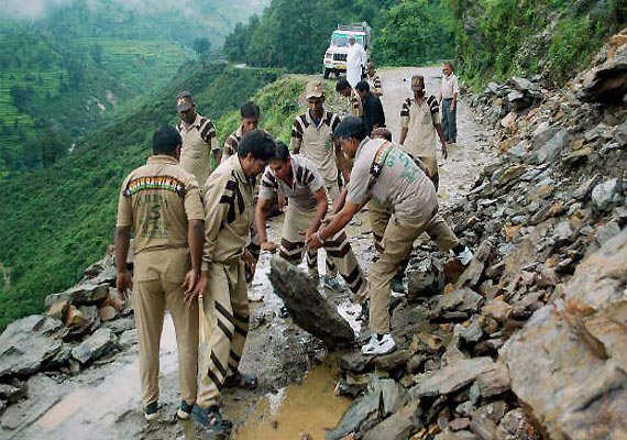 uttarakhand equipment for debris removal still stuck en