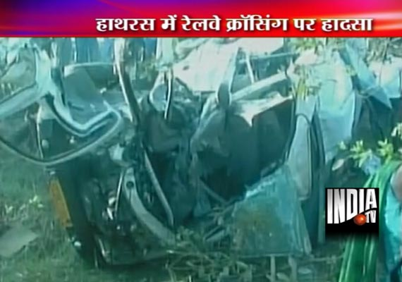 15 killed as train rams into jeep at unmanned crossing