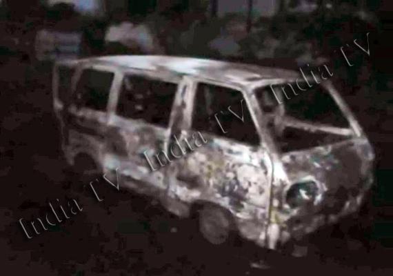 13 charred to death in maruti van fire