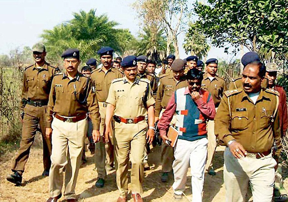 7 cops suspended on molestation charges in jharkhand