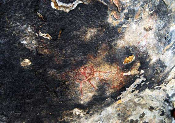 10 000 year old cave paintings in bastar depict aliens ufos