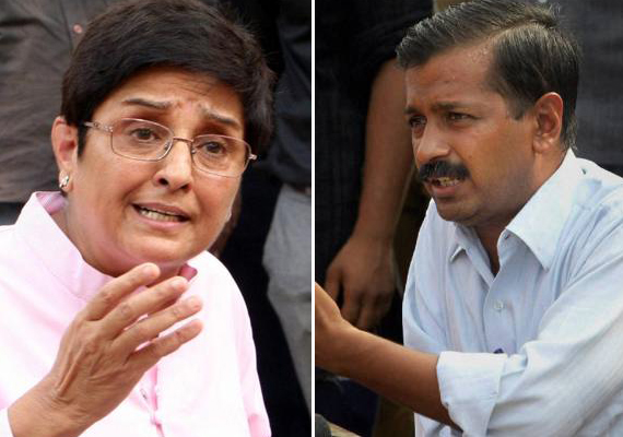 bedi fires salvo at kejriwal wants anna to step in