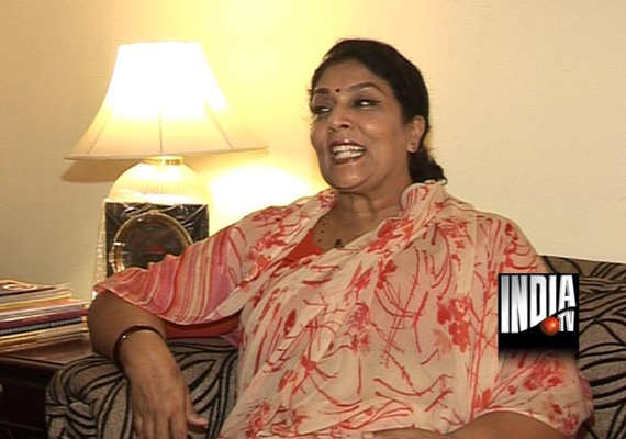 why is narendra modi dying for us visa asks renuka