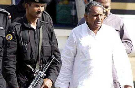 as mulayam turns 72 sp workers vow to form up govt in 2012