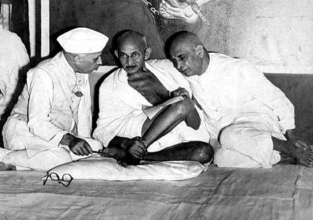 Image result for pandit jawaharlal nehru with mahatma gandhi