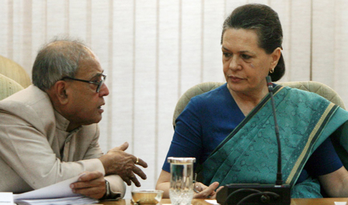 pranab antony meet sonia discuss chavan s fate