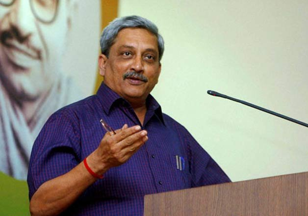 39 accidents of defence aircraft in 3 years manohar parrikar