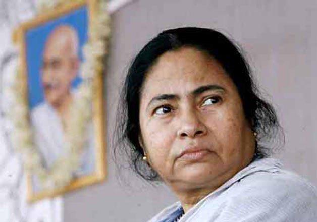 mamata banerjee playing with fire on illegal bangladeshi
