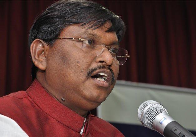munda favours more time for jharkhand govt