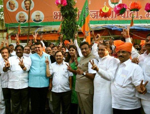 bjp hints preference for natural ally shiv sena in