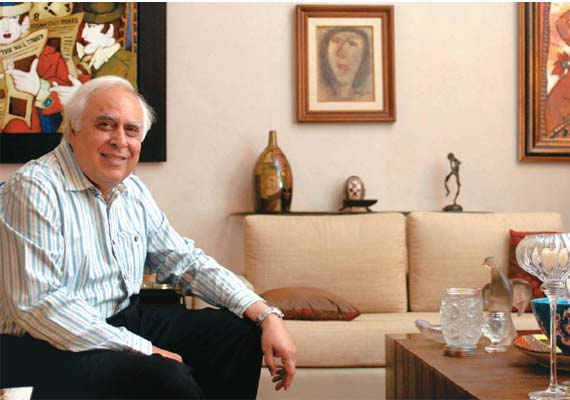 kapil sibal starts packing to vacate government bungalow
