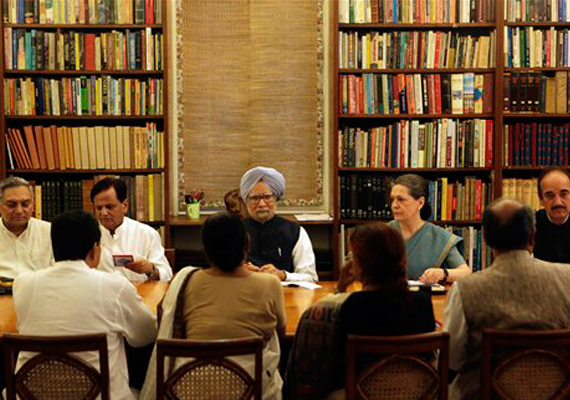 live reporting how cwc upa endorsed creation of telangana