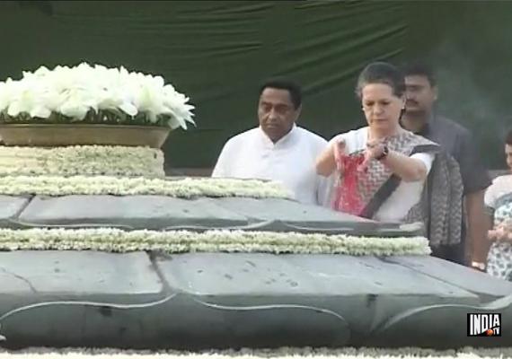 nation remembers rajiv gandhi on birth anniversary
