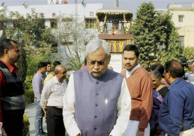centre cultivating falsehood on rohith issue nitish kumar