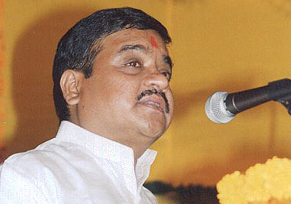 r r patil rules out resignation threatens action against mns