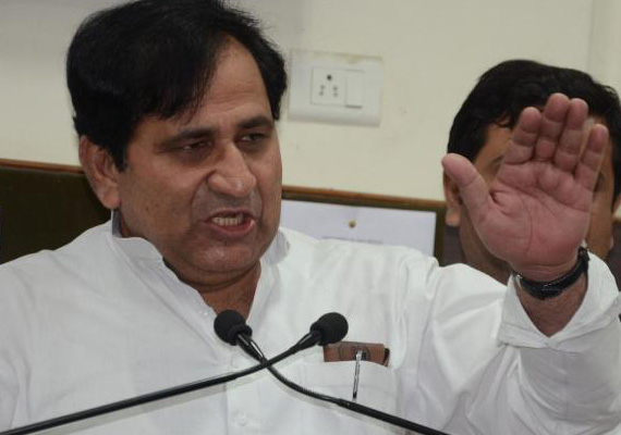shakeel ahmed attacks rajnath over modi visa row