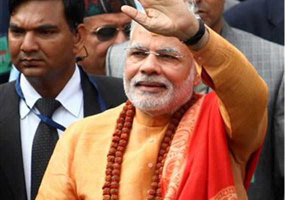 touched by nepal s welcome narendra modi vows to fulfill