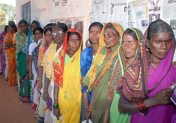 up phase i polls female turnout percentage higher